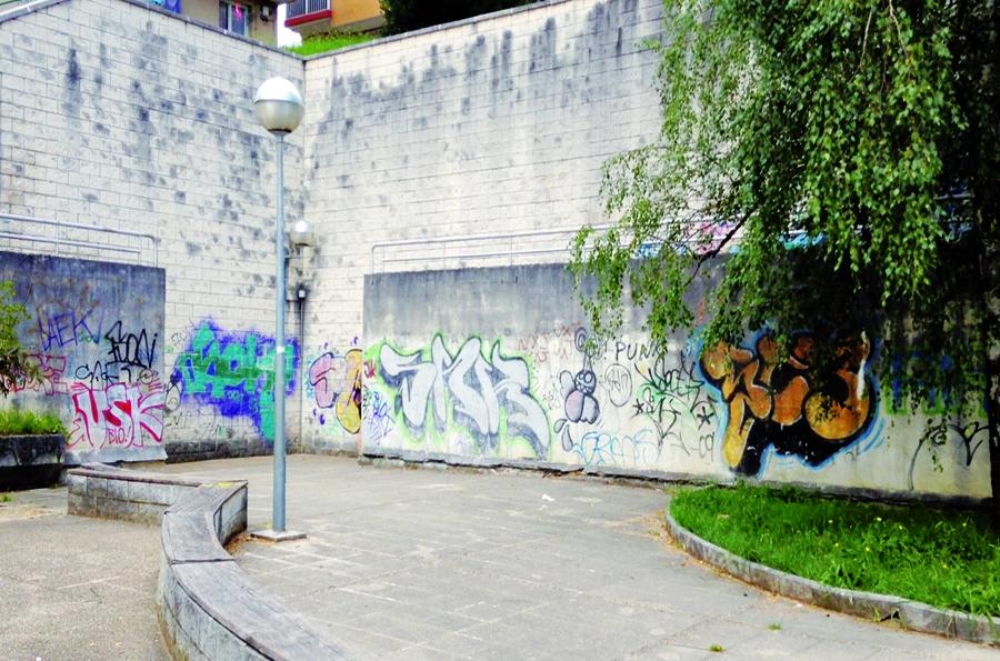 La vieja pared de Altza